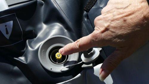 Closing the valve