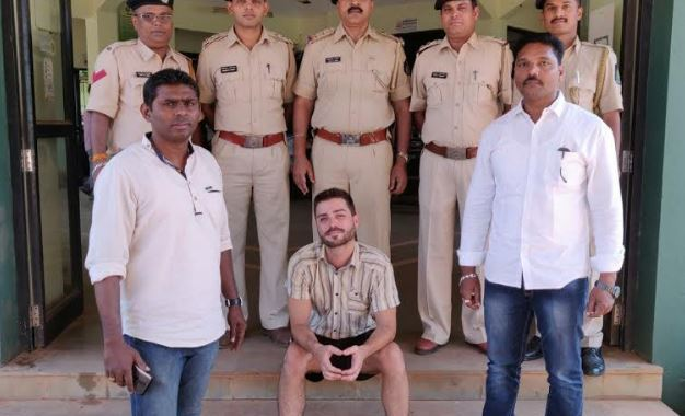 AUSTRIA NATIVE ARRESTED, FOR OPERATING NARCOTIC LAB IN GOA.  POLICE RECOVERS RS. 1 CRORE WORTH CHEMICALS