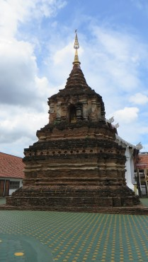 Ancient temple dating back to Chiang Mai's earliest days as a city, 13th century.