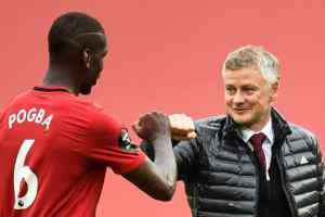 Manchester United Extend Pogba's Contract