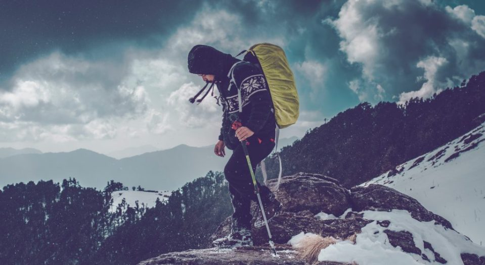 How to Hike in the winter  - Dress in layers