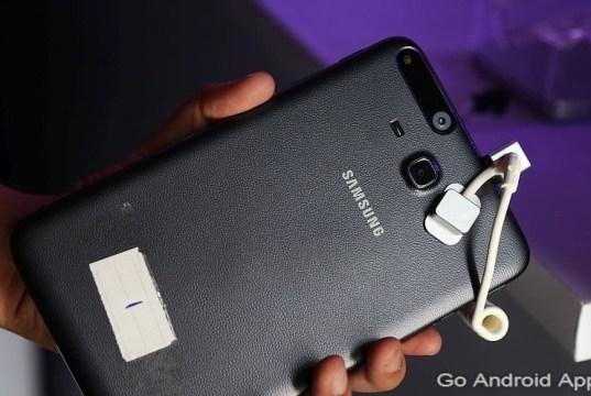 Samsung Galaxy Tab Iris Review