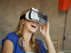 Samsung Unveils 5.5-inch Smartphone Display Prototype for VR