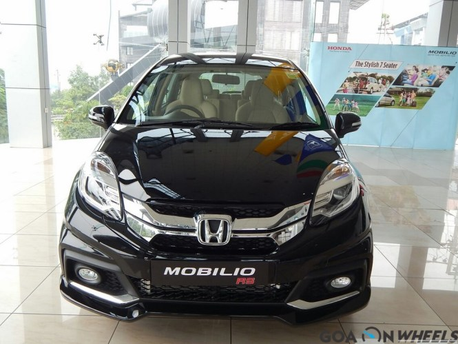 Honda Mobilio Rs Variant Launched In Goa