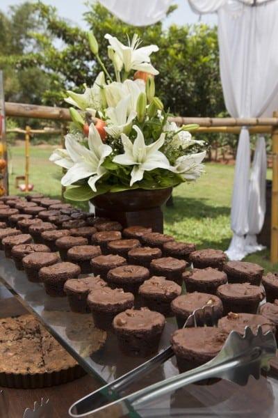 Chocolate and cashew brownies