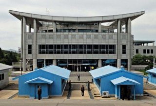 Run DMZ: A Visit to the Most Dangerous Place on Earth