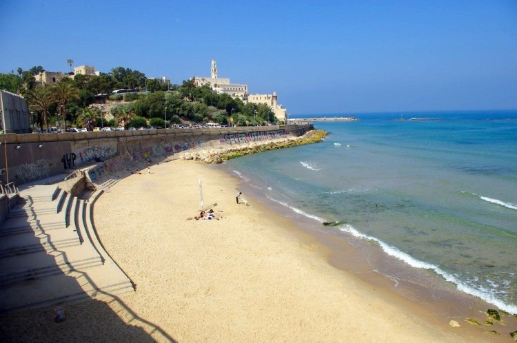 backpacking Tel Aviv, beach