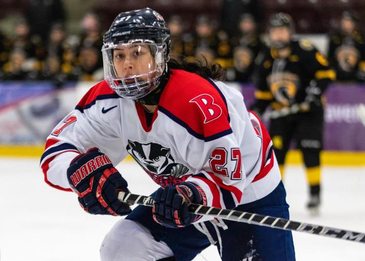 Former Badger Kim Brown passes on Europe to play in NWHL - Brock University  Athletics
