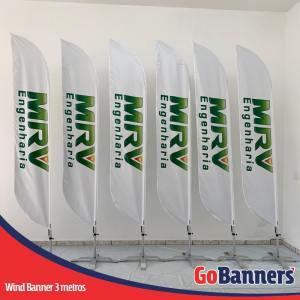 wind flag banner com 3 metros mrv engenharia