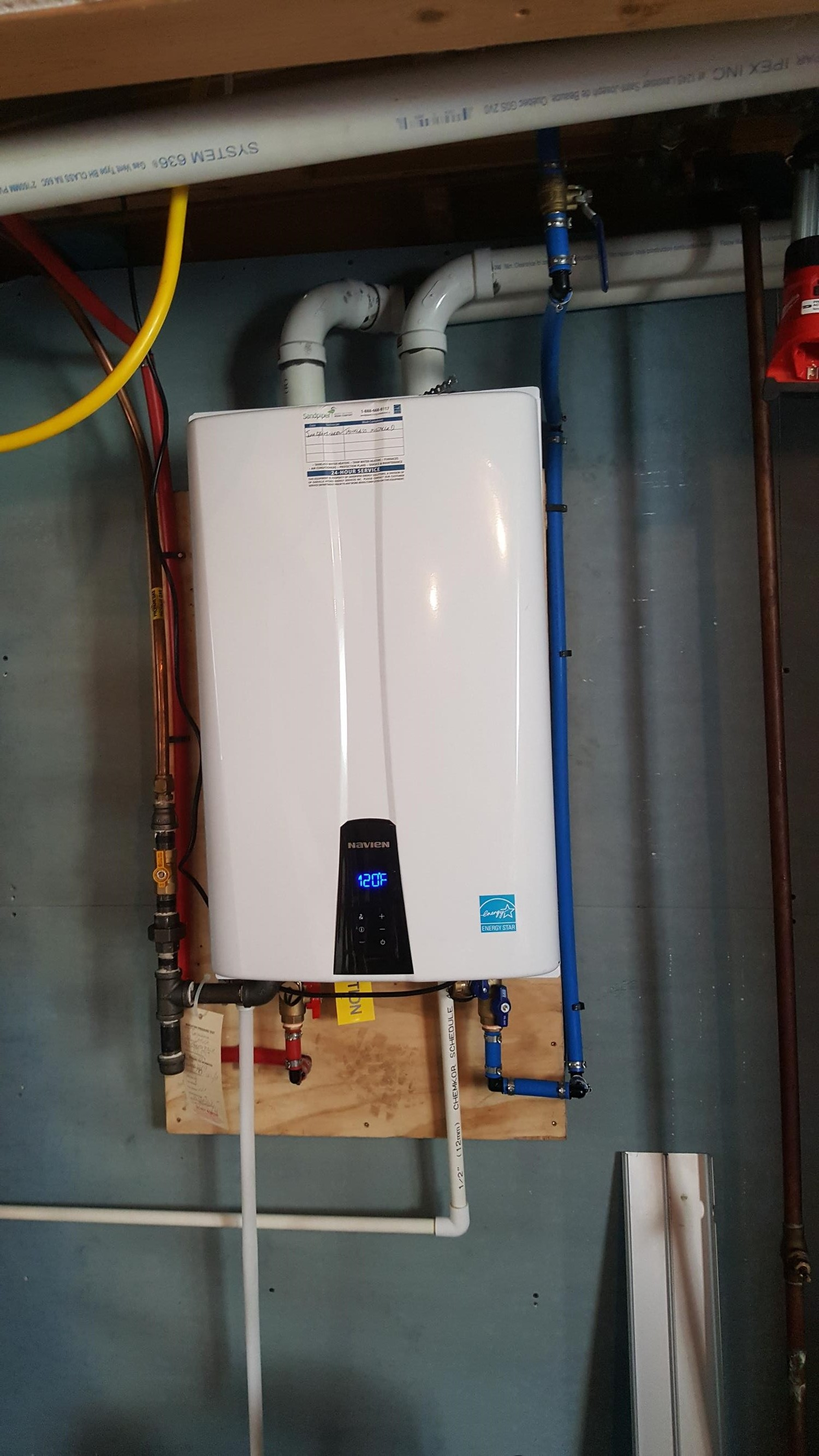 On Demand Water Heaters In Brantford And Southwestern