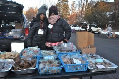 Volunteers Amelie and Bri for Street Soldiers