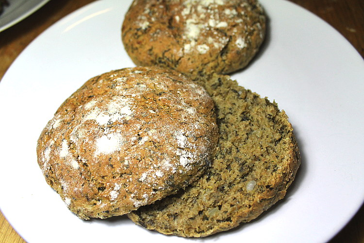 gruenkohlbroetchen