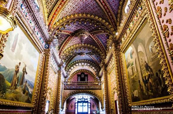 Interior of Sanctuario de Guadalupe