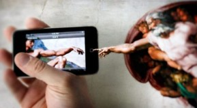 finger-of-god-to-smartphone1