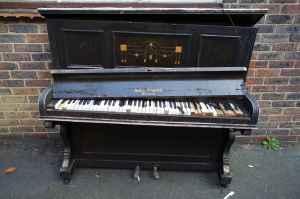 piano-196280_1280