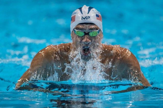 Michael-Phelps-by-Mike-Lewis-39.jpg