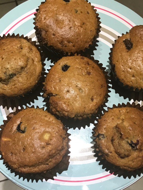 Apple and Blueberry Muffins Batch muffin kids leftovers muffins kids snacks homemade baked goodies