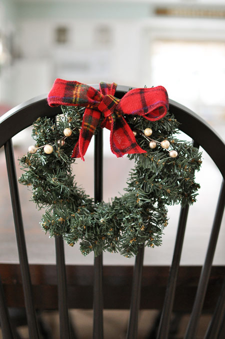 19 CREATIVE CHRISTMAS CHAIR DECORATIONS Godfather Style