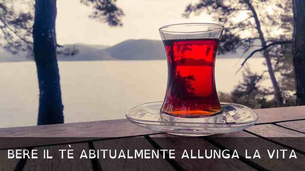 Bere il tè abitualmente allunga la vita il mondo del tè