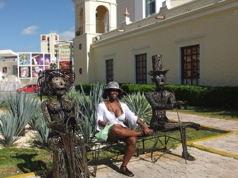 Sitting around in Cancun
