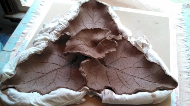 Creative diy dishes made from clay leaves 33