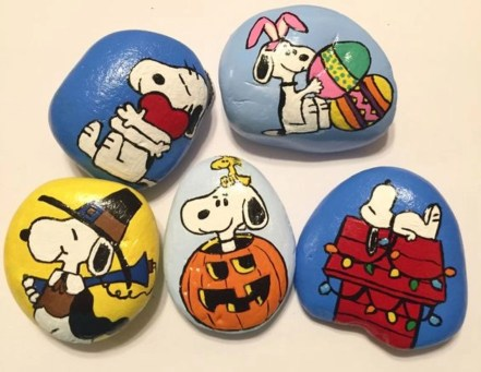 Diy cristmas painted rock design 10