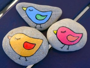 Diy cristmas painted rock design 35