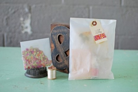 Diy small gift bags using washi tape (22)