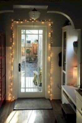 Fairy lights ideas for holiday decorating (32)