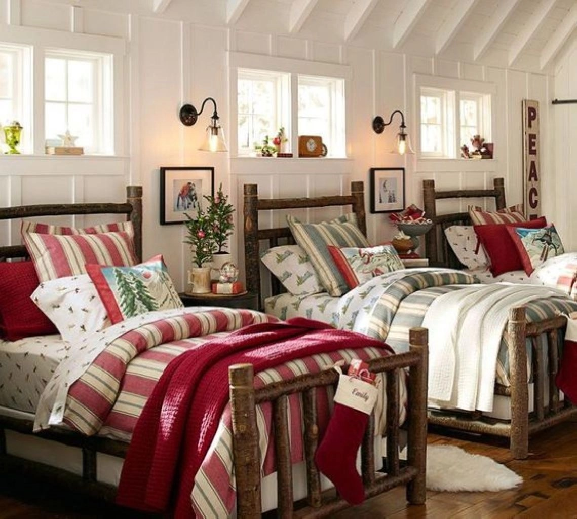 Grandchildren's room idea with beds in a row christmas bedding