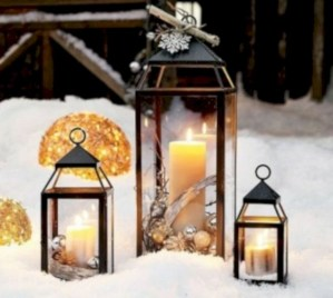 Ideas to decorate your space with candles for christmas 04