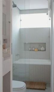 Small bathroom with bathtub ideas 21