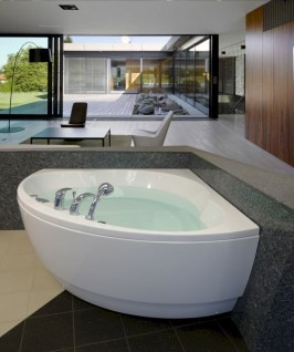 Small bathroom with bathtub ideas 31