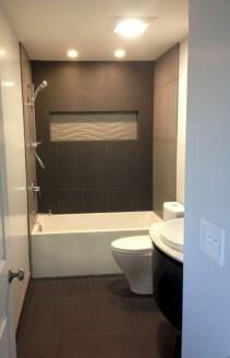 Small bathroom with bathtub ideas 40