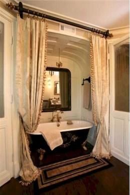 Small bathroom with bathtub ideas 43