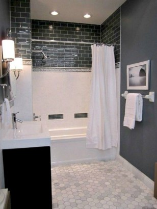Small bathroom with bathtub ideas 44