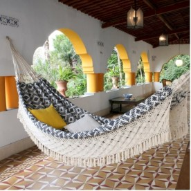 Unique hammock to take a nap (13)