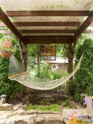 Unique hammock to take a nap (6)
