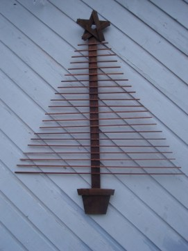 Ways to make your own christmas tree from pallet wood 26