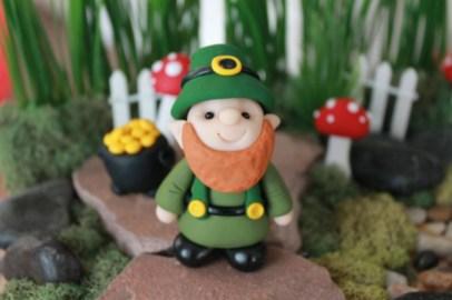 Adorable indoor animated christmas figures 04