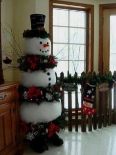 Adorable indoor animated christmas figures 23