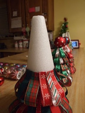Diy ribbon ornament for christmas 26