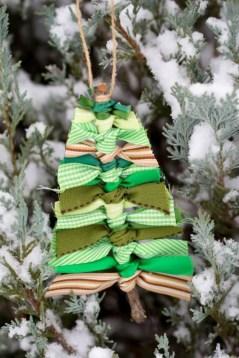 Diy ribbon ornament for christmas 41