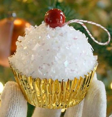 Easy but beautiful diy christmas ornaments 16