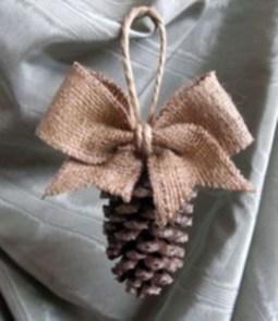 Easy but beautiful diy christmas ornaments 36