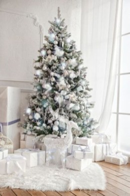 Elegant decorating ideas for white christmas 06