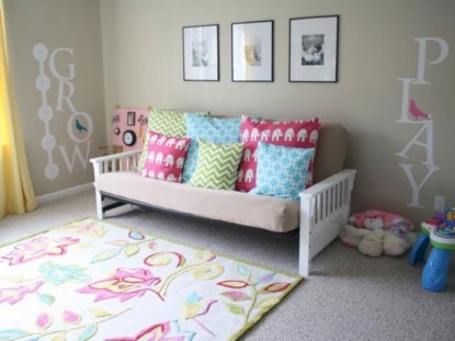 Fun and easy way to decorate your playroom (32)