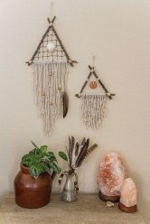 Make your own string art that look artsy for your space 04