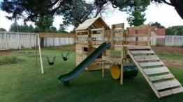 Pallet projects and ideas for kids 38