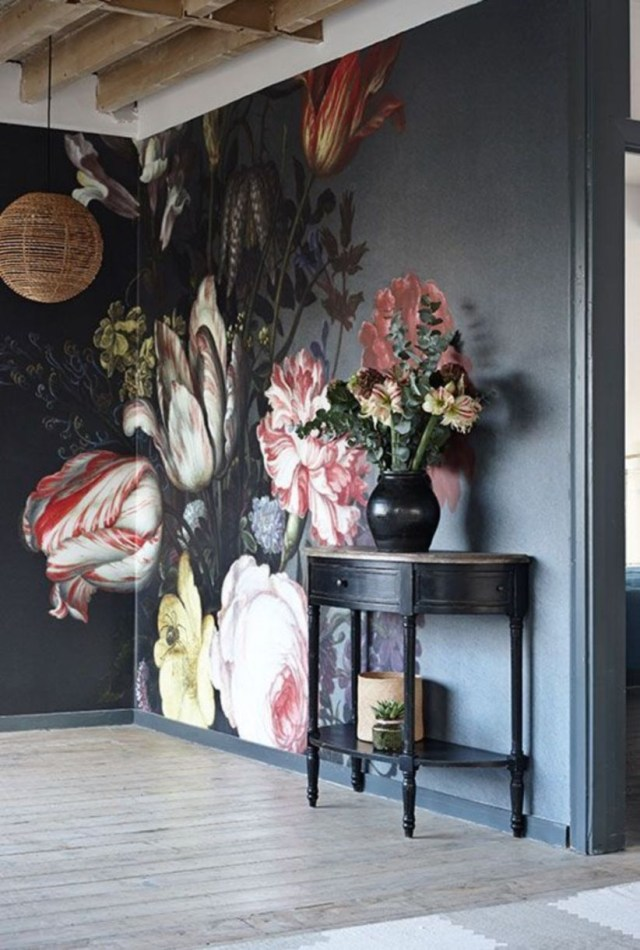 Wall interior design with flower that will transform your life